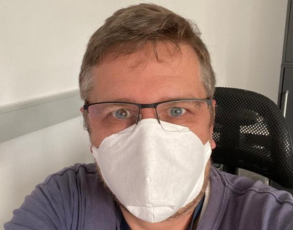 Behelfs- Mund und Gesichtsmasken